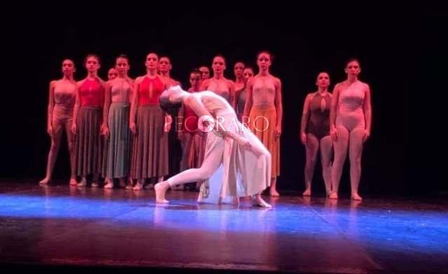"""""""Diverso sentire"""", l'emozione danza sul palco - aSalerno.it"""