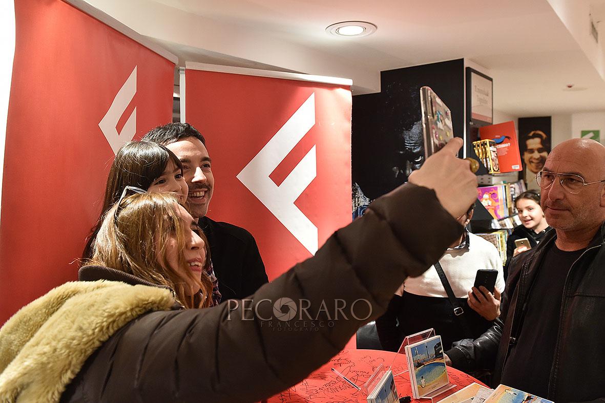 SAL - 21 02 2020 Salerno Feltrinelli. Firmacopie Diodato. Foto Tanopress