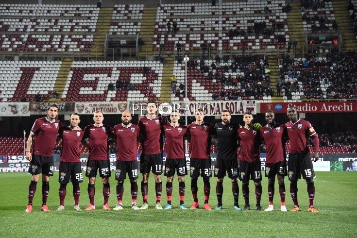"""Salernitana, contro il Livorno la """"chiamata"""" agli studenti - aSalerno.it"""