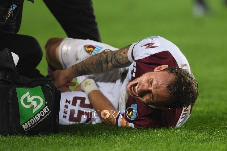 Tegola Lombardi, lesione al flessore: può tornare a fine stagione - aSalerno.it