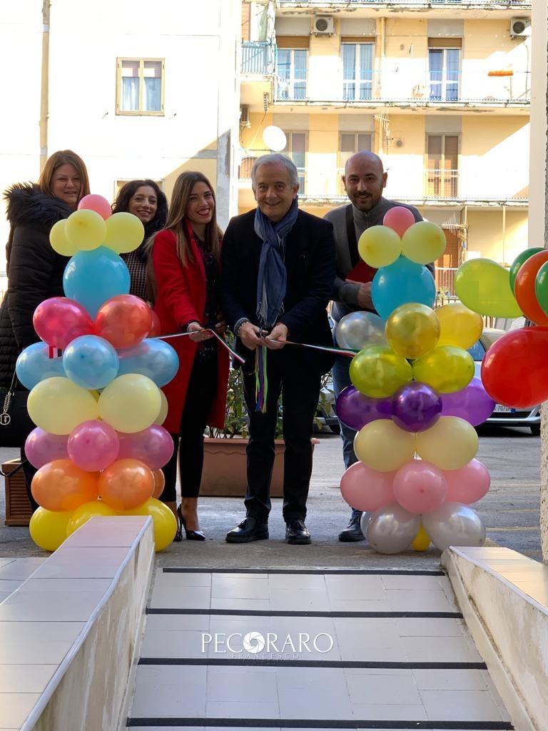 inaugurazione centro famiglie e bambini rocca 18.2.20 - taglio del nastro
