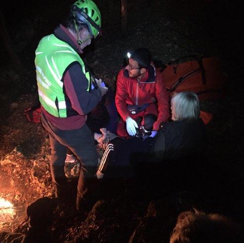 """Turista cade nel sentiero """"Croce di Nocelle"""" salvata dal Soccorso Alpino - aSalerno.it"""
