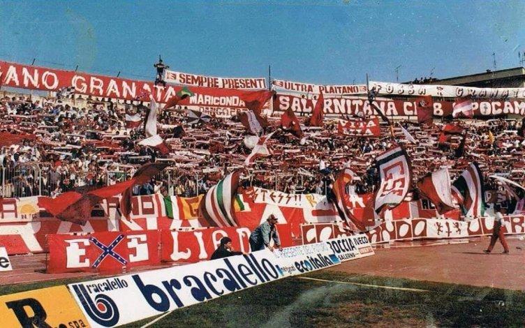 """Ciccio Rocco lancia un messaggio per ricordare Orazio D'Orso: """"Esponiamo sciarpe e vessilli"""" - aSalerno.it"""