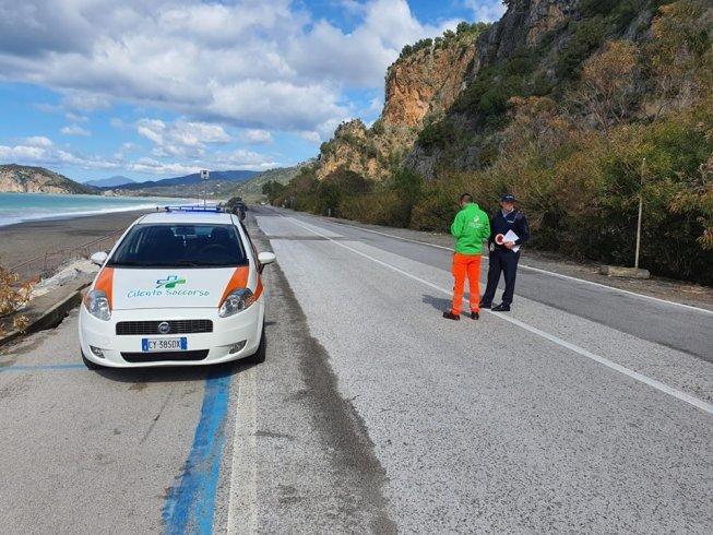 Blindata Camerota: posti di blocco per fermare chi scende da zona rossa - aSalerno.it