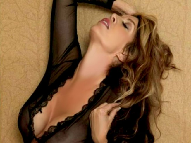 Nadia Grey la star del buonuomore - aSalerno.it