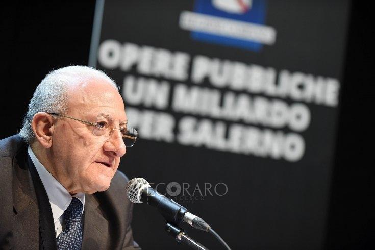 """De Luca mette in faccia i numeri al Governo: """"Vicini al collasso"""" - aSalerno.it"""