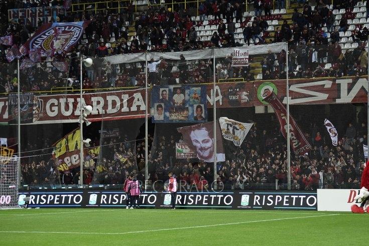 """""""Torneremo a gioire per un goal, insieme ce la faremo"""" - aSalerno.it"""