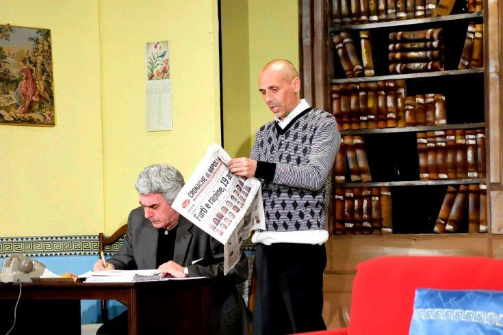 """Teatro Arbostella, colpi mancati e gag esilaranti in scena """"In questo mondo di ladri"""" - aSalerno.it"""