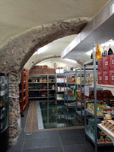 La movida si trasforma: l'Iroko ora è un supermarket - aSalerno.it