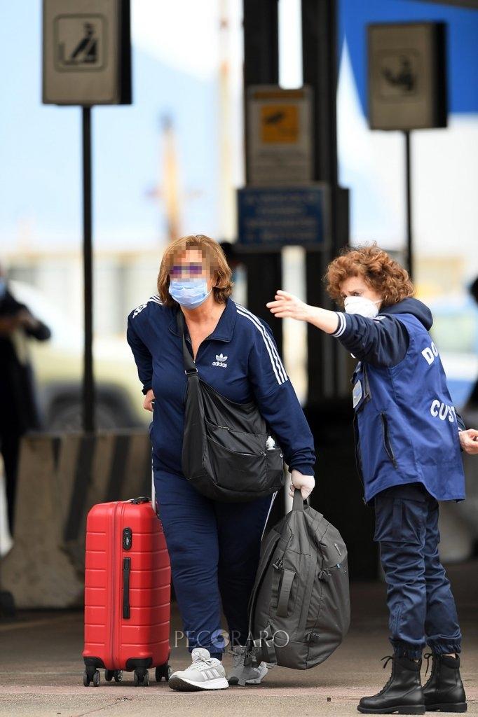 Sbarco porto di Salerno Coronavirus 11