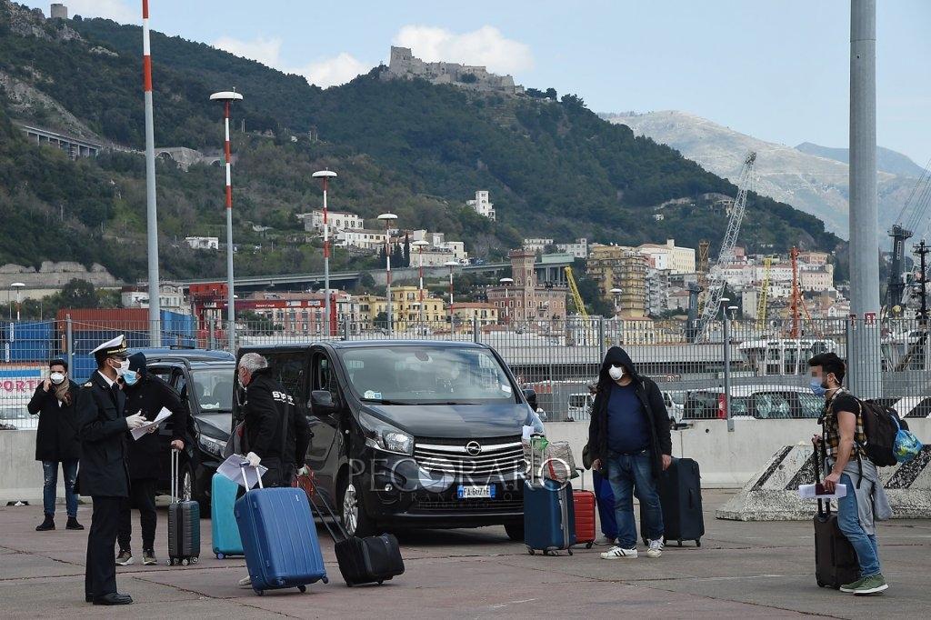 Sbarco porto di Salerno Coronavirus 4