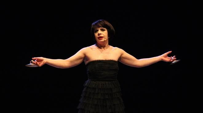 Teatro Casalingo, nono appuntamento: c'è la cantattrice Lalla Esposito - aSalerno.it