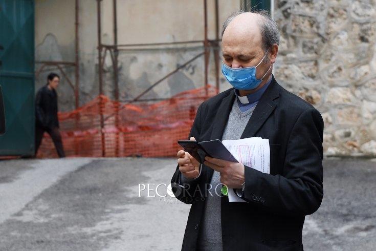 Caritas Salerno, il cuore oltre l'ostacolo nell'emergenza: consegnati già 800 pacchi alimentari - aSalerno.it