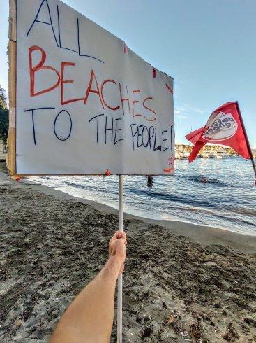 """""""La spiaggia libera è gratuita, nessun pedaggio sui diritti"""" - aSalerno.it"""
