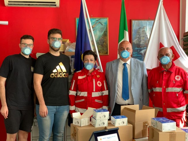 """""""Acquistate nuove mascherine grazie al successo del crowfunding lanciato dal Centro Studi Super Sud"""" - aSalerno.it"""