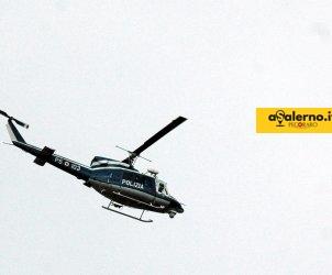 SAL - 03 06 2011 Santa Maria di Castellabate Soggiorno del Vice Presidente degli Stati Uniti Mister Biden presso la residenza datata 1740 del principe Belmonte nella foto l elicottero della Polizia mentre scorta dall alto la colonna delle autovetture che