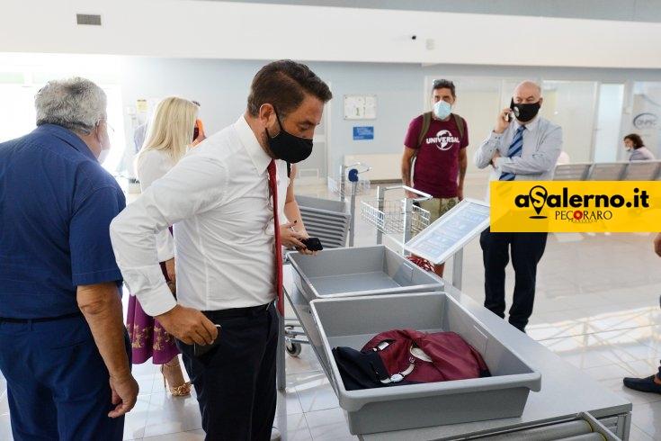 """Viceministro Cancelleri all'aeroporto Salerno-Costa d'Amalfi: """"Servirà per decongestionare scali più grandi"""" - aSalerno.it"""