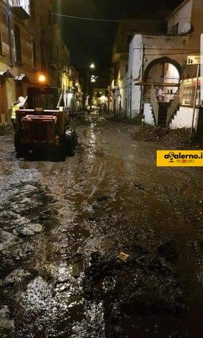 Emergenza, Sarno nel fango: evacuate diverse famiglie in zone critiche - aSalerno.it