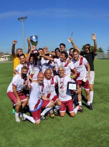 La squadra di calcio dei Commercialisti di Salerno vince la Coppa Italia - aSalerno.it