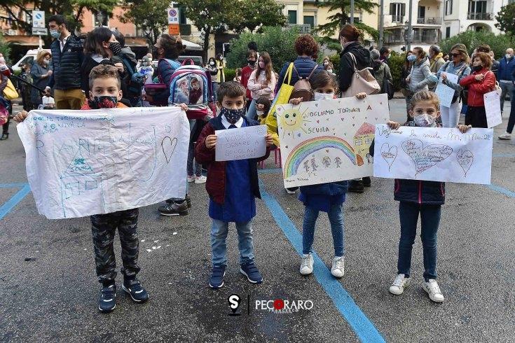 """""""De Luca ancora scuole chiuse? Comandi il Governo, ora basta"""" - aSalerno.it"""