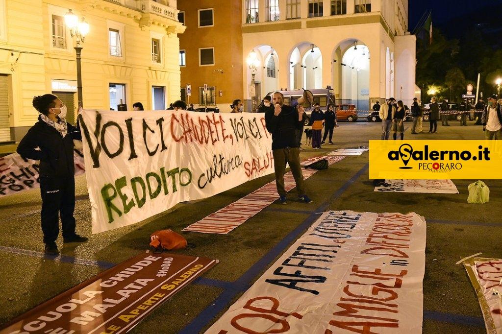 ProtestePzzaAmendola (2)A