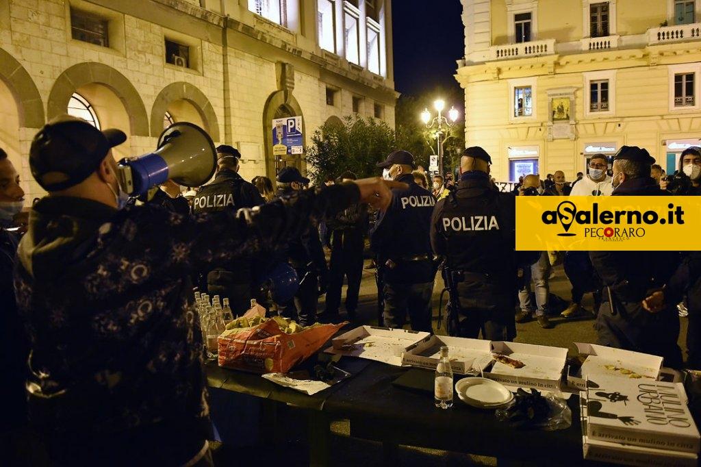 ProtestePzzaAmendola (4)A