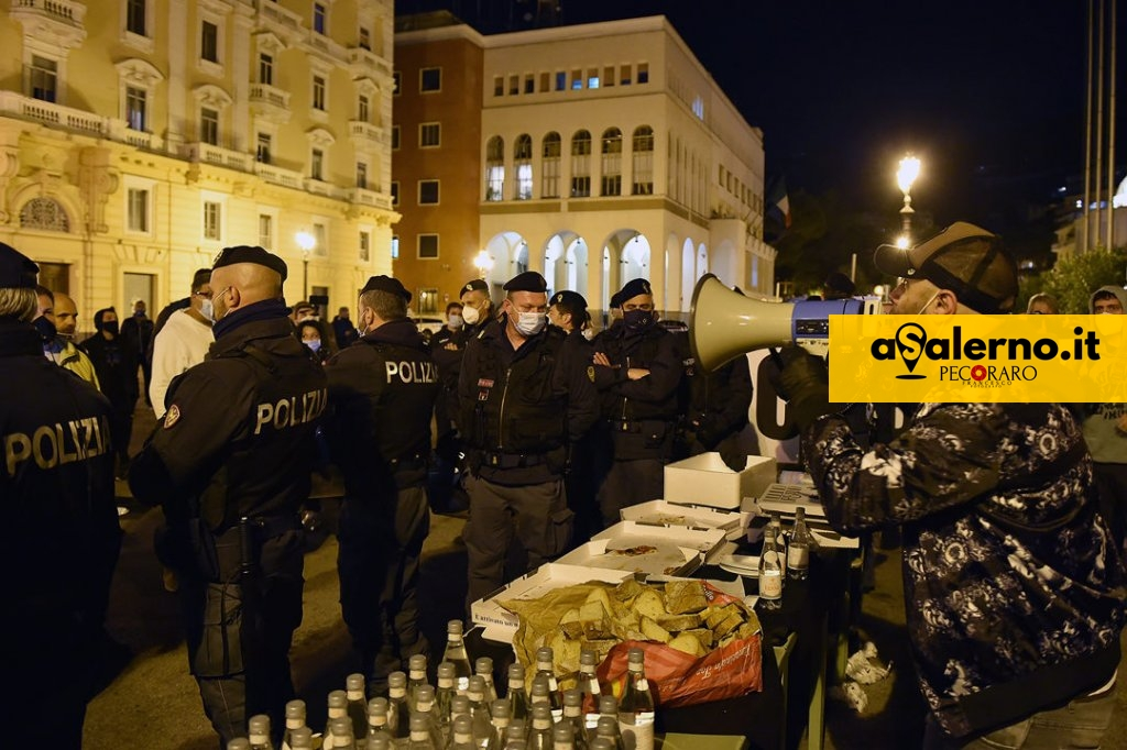 ProtestePzzaAmendola (6)A