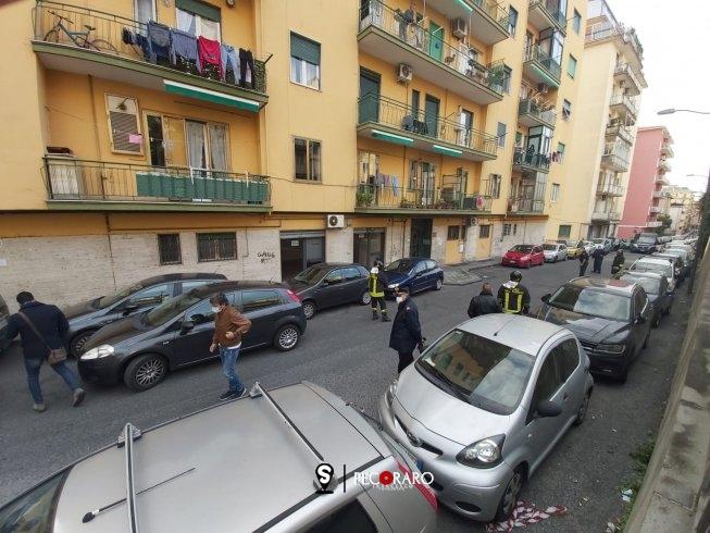 Finto allarme bomba sotto casa di De Luca, artificieri fanno scoppiare pacchetto - aSalerno.it