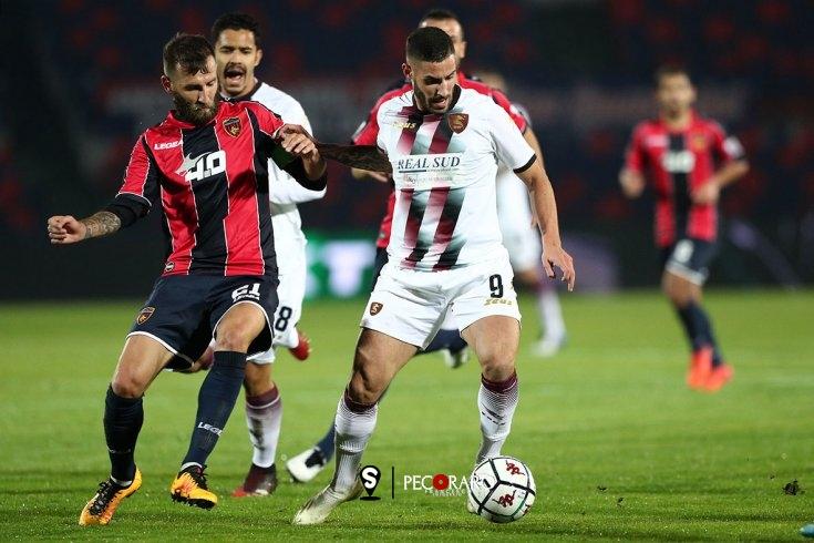 """Tutino: """"Grande emozione per il gol. Continuiamo così"""" - aSalerno.it"""