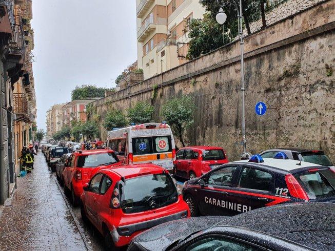 Vigili del fuoco evitano incendio: una stufa a gas ha preso fuoco in un appartamento di via Velia - aSalerno.it