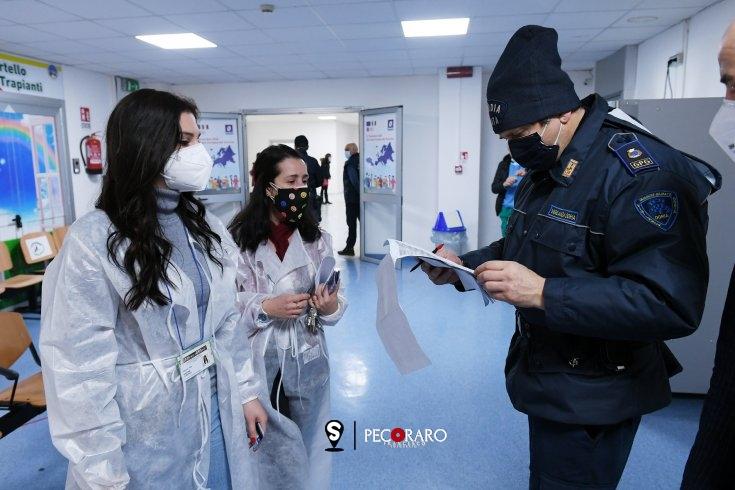 Salerno, partita campagna di vaccinazione Anti-Covid: toccherà anche agli studenti di Medicina - aSalerno.it
