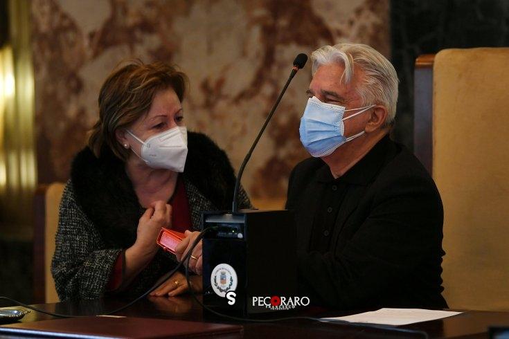 """Strappo in maggioranza, sindaco risponde: """"Scelte da riscontro elettorale, ingiusto accusare me"""" - aSalerno.it"""