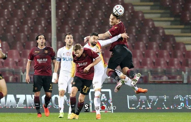 Salernitana, punto e basta: 1 a 1 con il Lecce - aSalerno.it