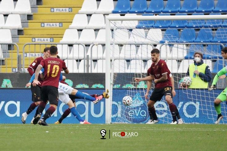Salernitana di rigore, ma a Brescia è ancora 2 a 1 (pt) - aSalerno.it