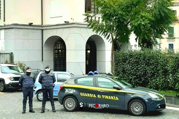 Contributi illegittimi versati per il sindaco e l'assessore, fiamme gialle sequestrano 80mila euro - aSalerno.it