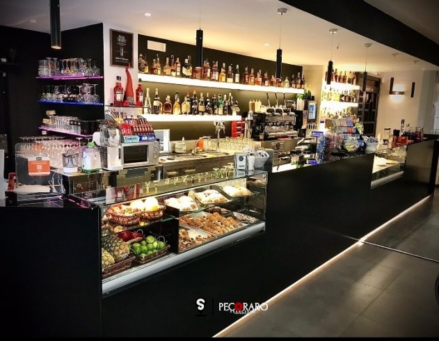 Il coraggio di investire nel bar e nell'accoglienza durante il Covid: apre il Drinkopiteco - aSalerno.it