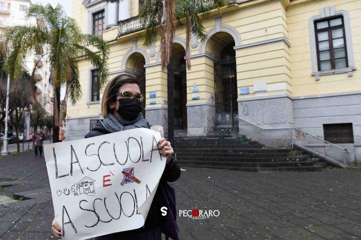 """Casi nelle scuole, la nota della Regione """"riapre"""" la polemica - aSalerno.it"""