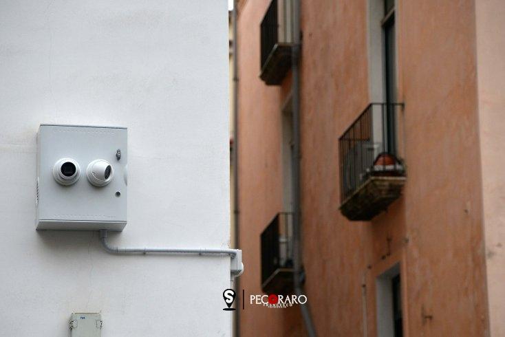 Installate le telecamere a largo San Petrillo contro lo sversamento illegale di rifiuti - aSalerno.it