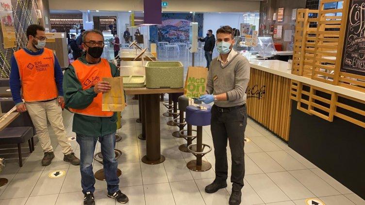 400 pasti caldi a settimana, il progetto d'oro nella sinergia tra McDonald's e Banco Alimentare - aSalerno.it