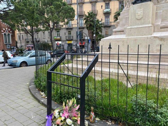"""""""Comune ripristini la targa al monumento ai caduti in piazza Vittorio Veneto"""" - aSalerno.it"""