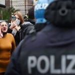 Protesta imprenditori contro De Luca
