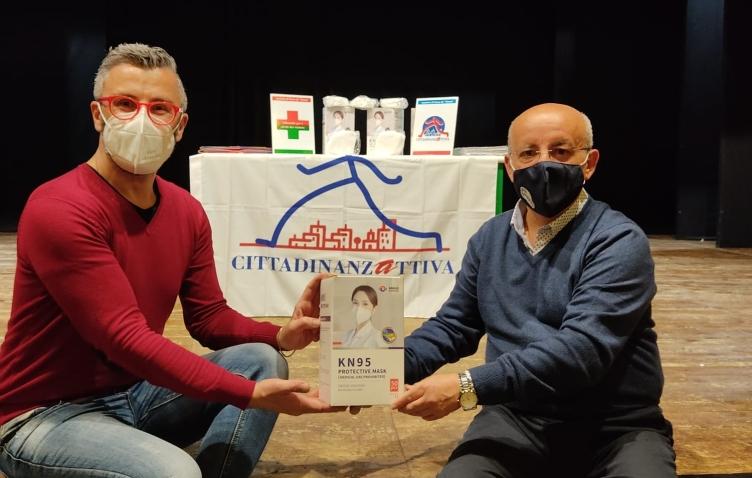Donate 250 mascherine all'Associazione teatrale Scena Teatro - aSalerno.it