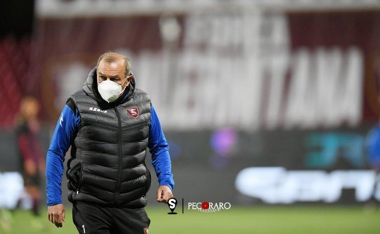"""Caso Covid nella Salernitana, la società: """"Non è stato in contatto con il resto del gruppo"""" - aSalerno.it"""