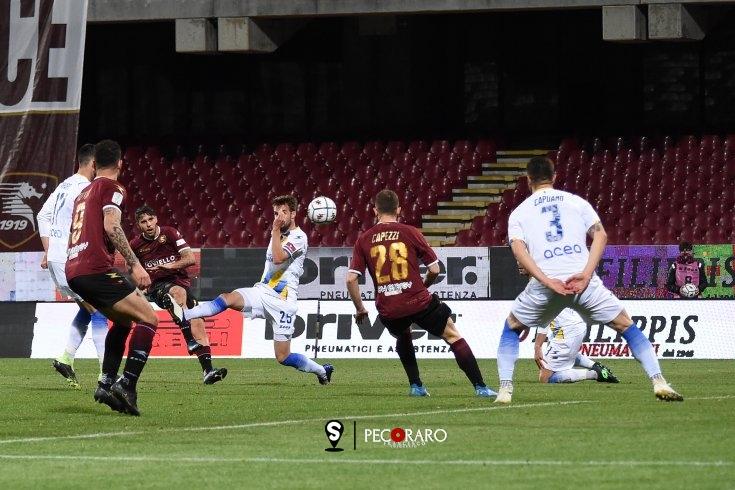 Salernitana terza, decide Cicerelli: Frosinone ko (1-0) - aSalerno.it
