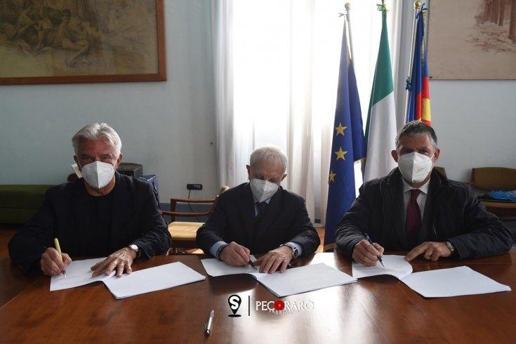 Timbro digitale, convenzione tra Comune e gli Ordini degli Avvocati e Notai - aSalerno.it