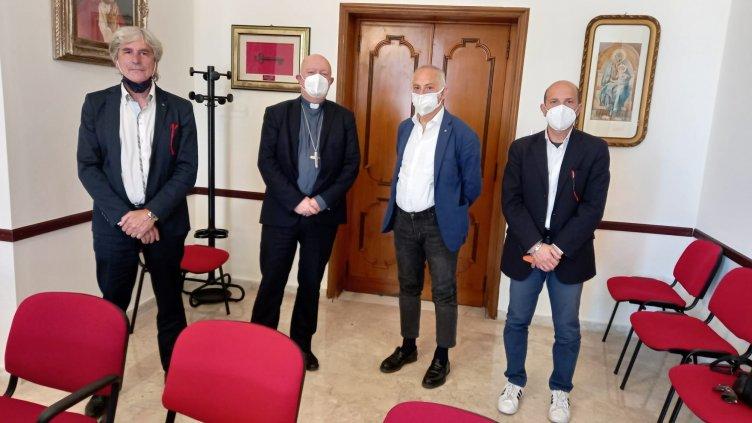 Fotografi in crisi, incontro Cna Salerno con il Vescovo Bellandi - aSalerno.it