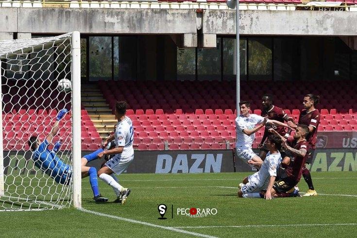 Salernitana di zampata: Bogdan piega l'Empoli (1-0 pt) - aSalerno.it