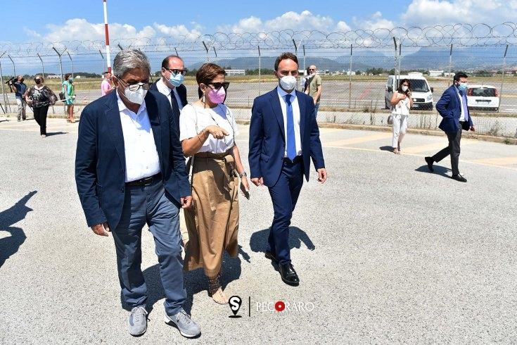 """Aeroporto Salerno-Costa d'Amalfi: """"Ad inizio 2023 i primi voli"""" - aSalerno.it"""