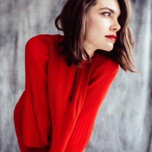 Tamara-red dress