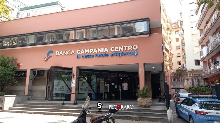Furto alla Banca Campania Centro, usata la tecnica del buco? - aSalerno.it
